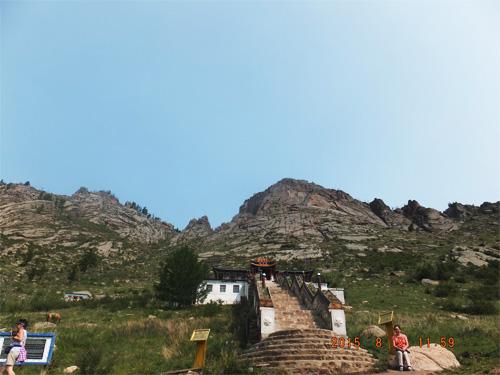 アリヤバル寺院